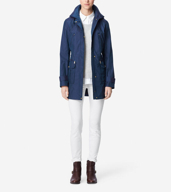 Outerwear > Travel Packable Rain Coat With Hood
