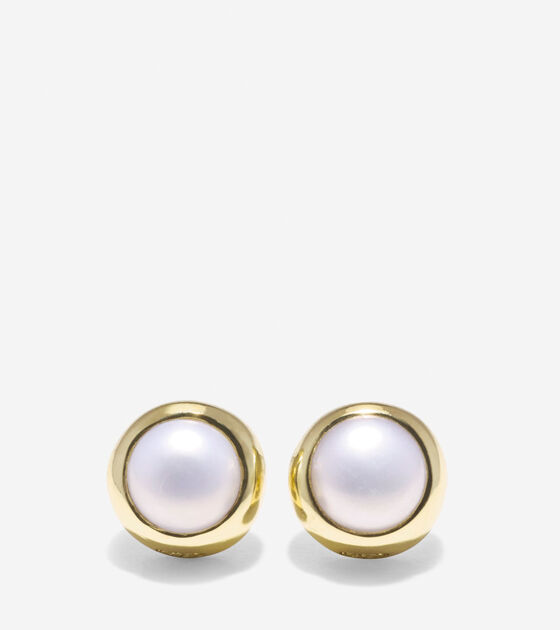 Bags & Outerwear > To The Moon Round Fresh Water Pearl Stud Earrings