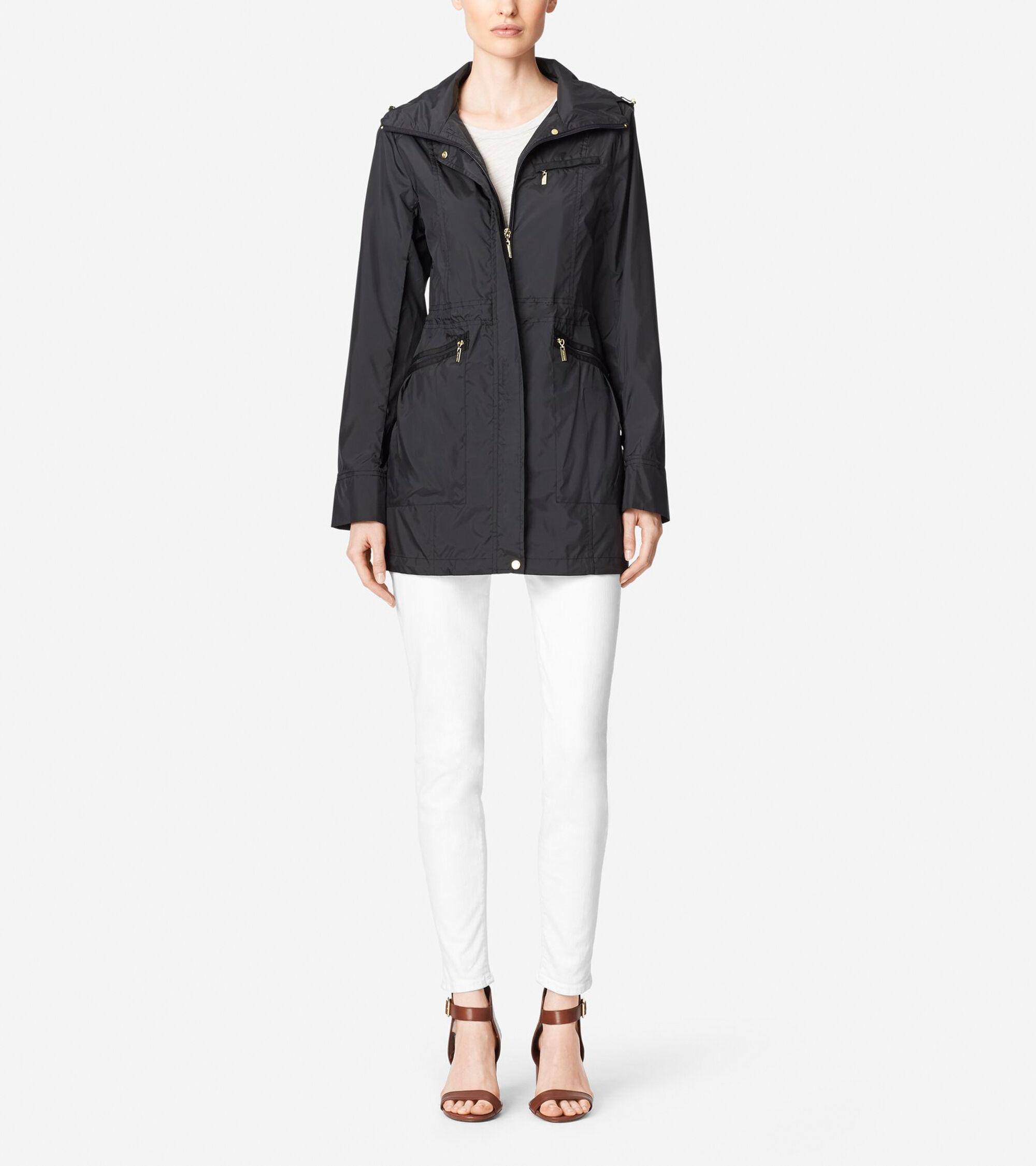 Outerwear > Packable Rainwear Single Breasted Rain Jacket