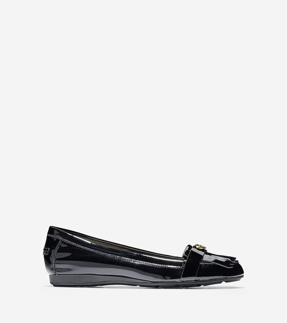 Shoes > Cameo Loafer