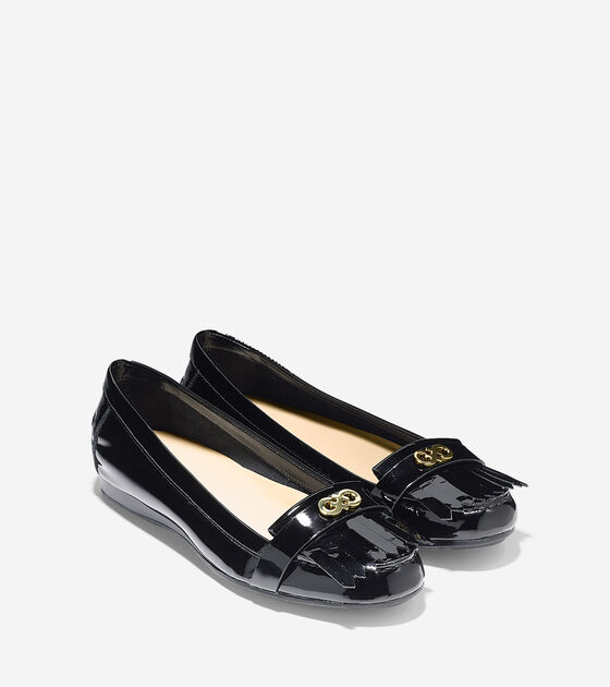 Cameo Loafer