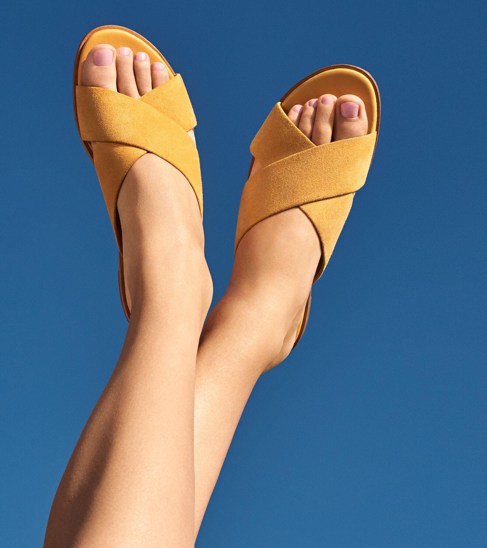 Cole Haan Anica Slide Sandal aGYiK5sW9k