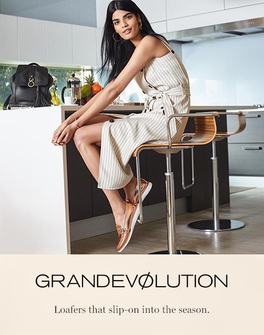 GrandEvølution - Loafers that slip-on into the season.