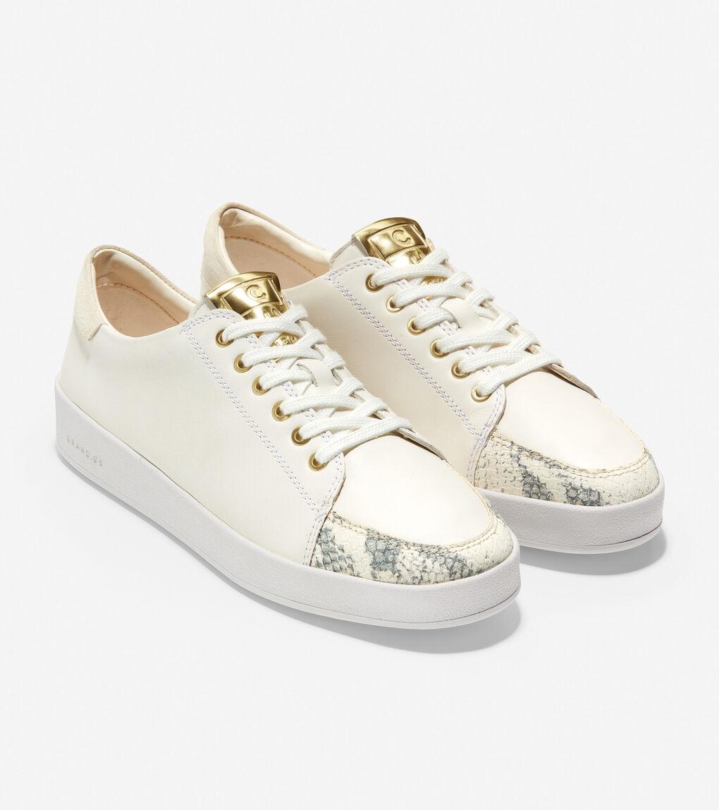 WOMENS Grand Crosscourt Lace-Up Sneaker