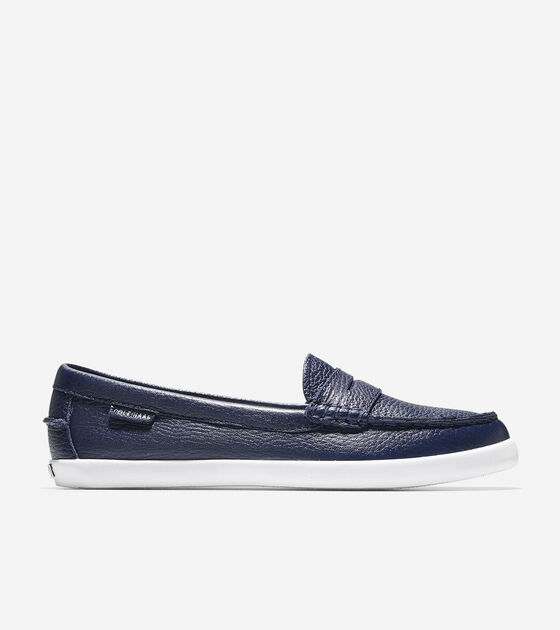 Loafers & Driving Shoes > Women's Pinch Leather Weekender