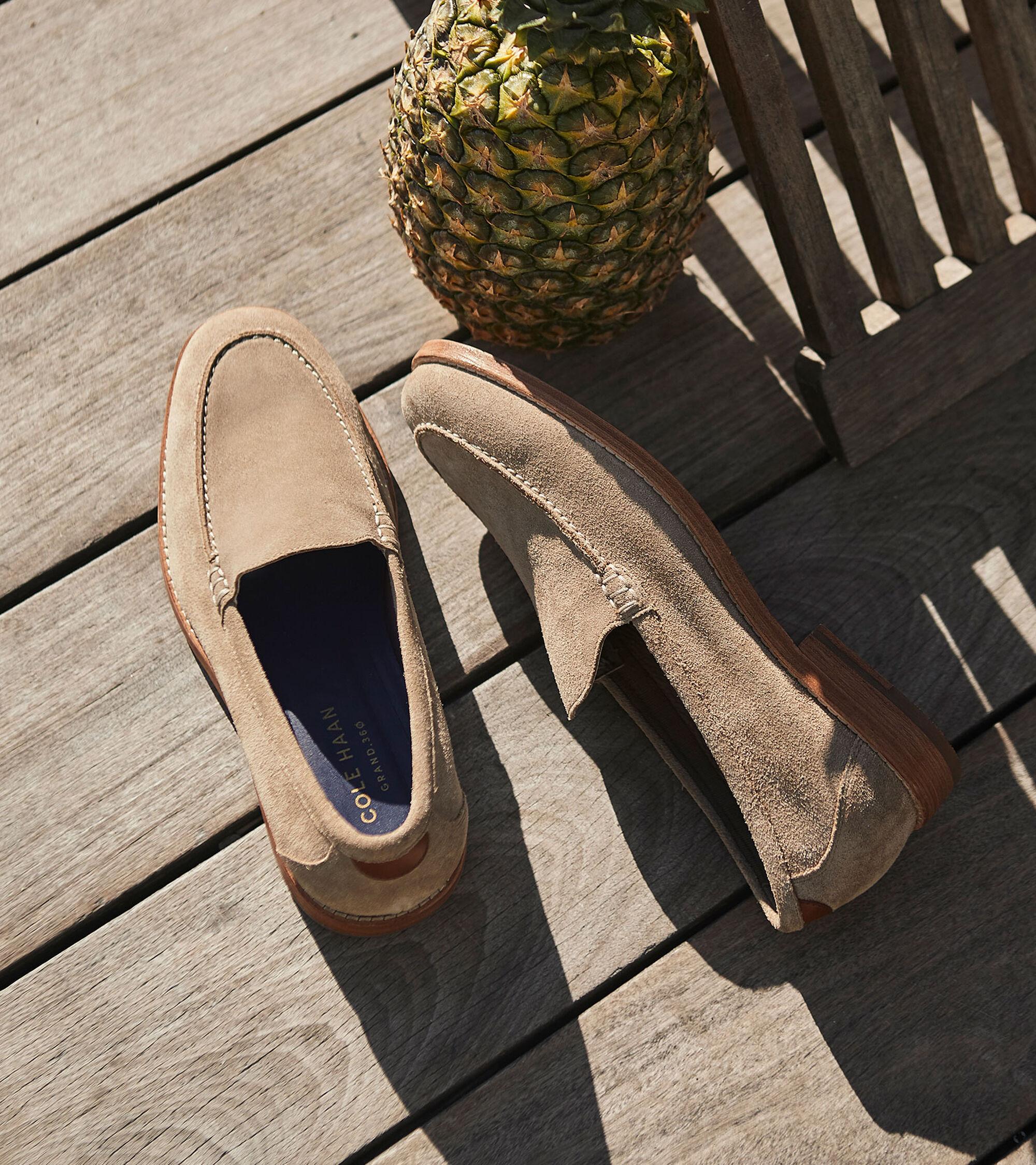 5b28ecd3443 Feathercraft Grand Venetian Loafer · Feathercraft Grand Venetian Loafer ...