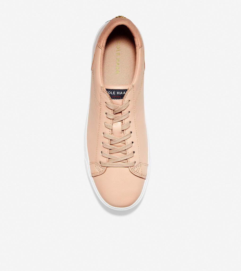 WOMENS Carrie Sneaker