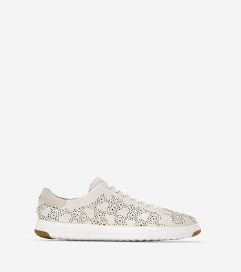 Women's GrandPrø Paisley Perforated Tennis Sneaker