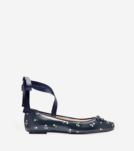 6467dc58974 Women s Downtown Ballet Flats in Navy Floral Print
