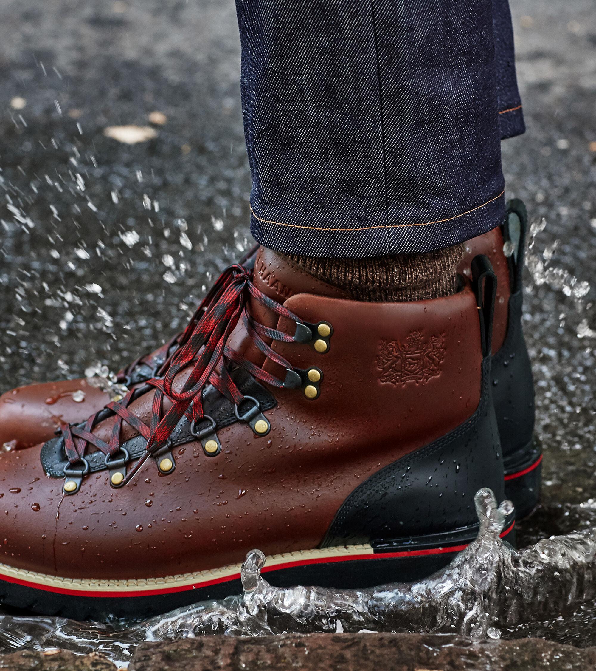 083e1de0f7f Men s ZEROGRAND Explore Waterproof Hiker Boots in Coffee