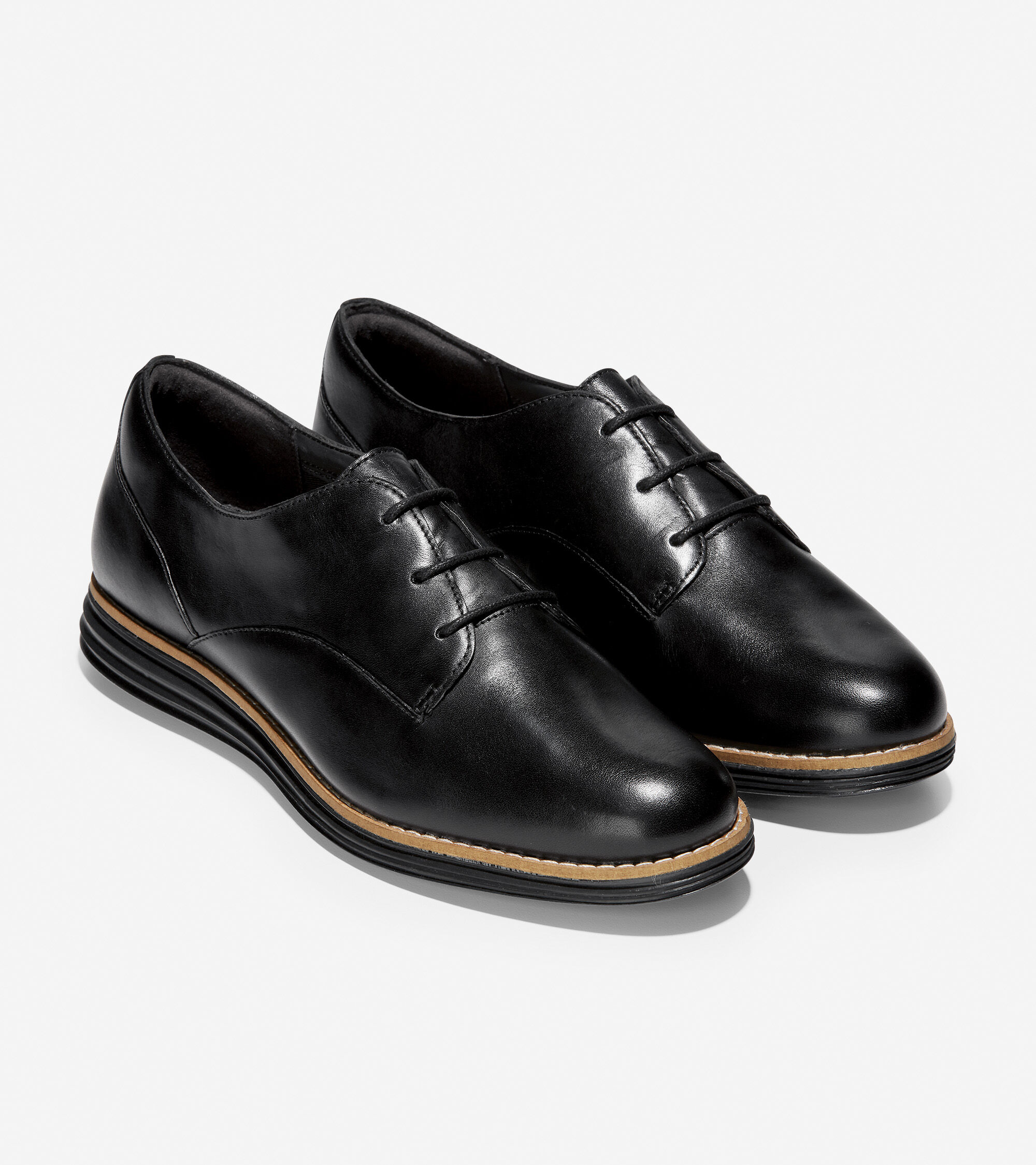 Plain Oxford in Black Leather
