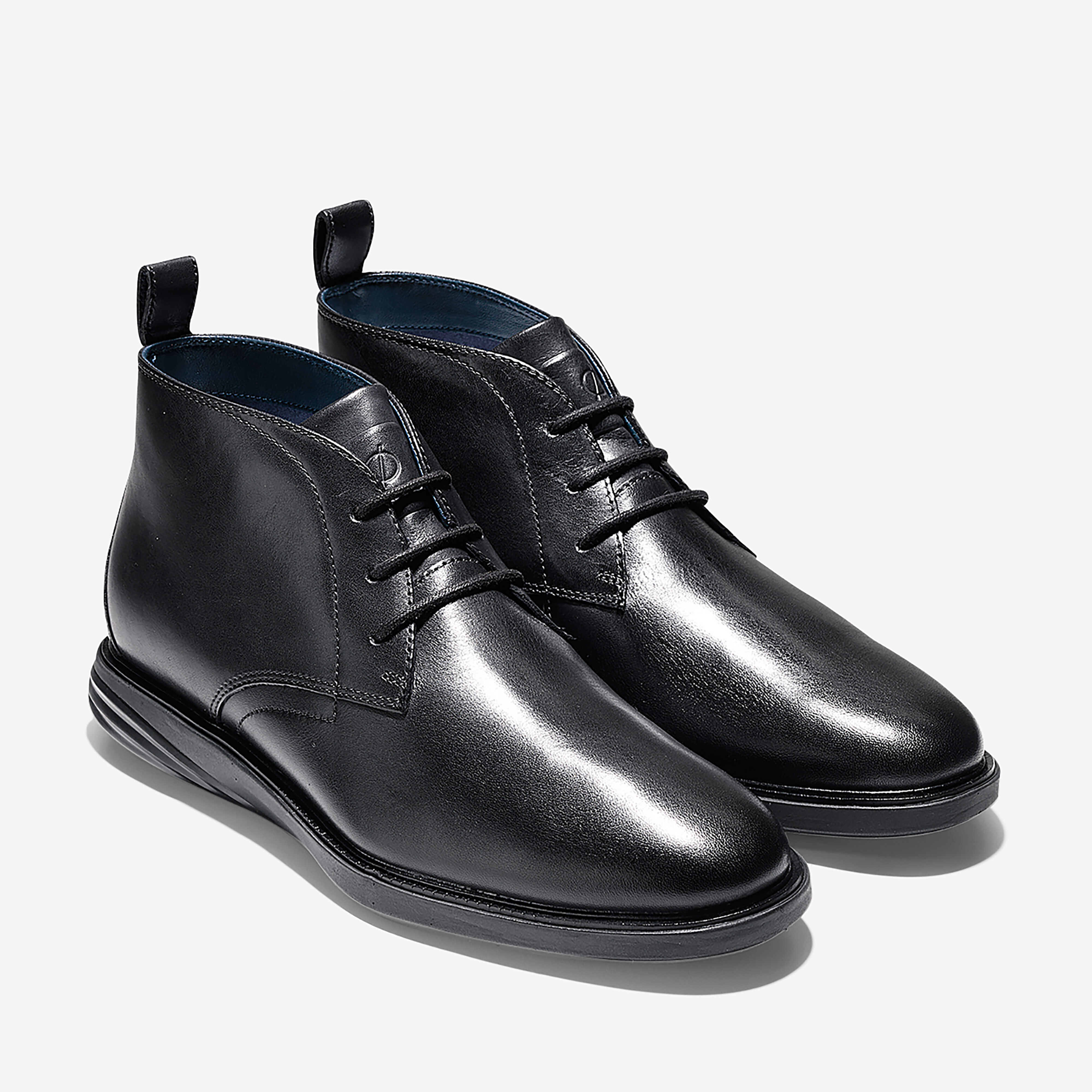 Men's Grand Evolution Chukka in Black