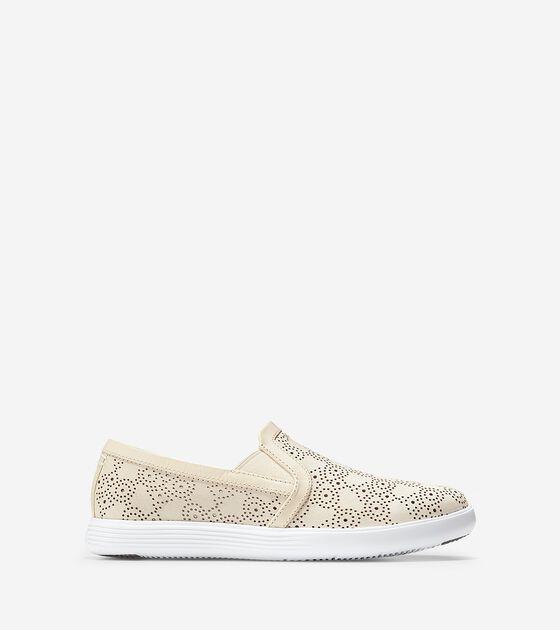 Shoes > Women's Grand Crosscourt Slip On Sneaker