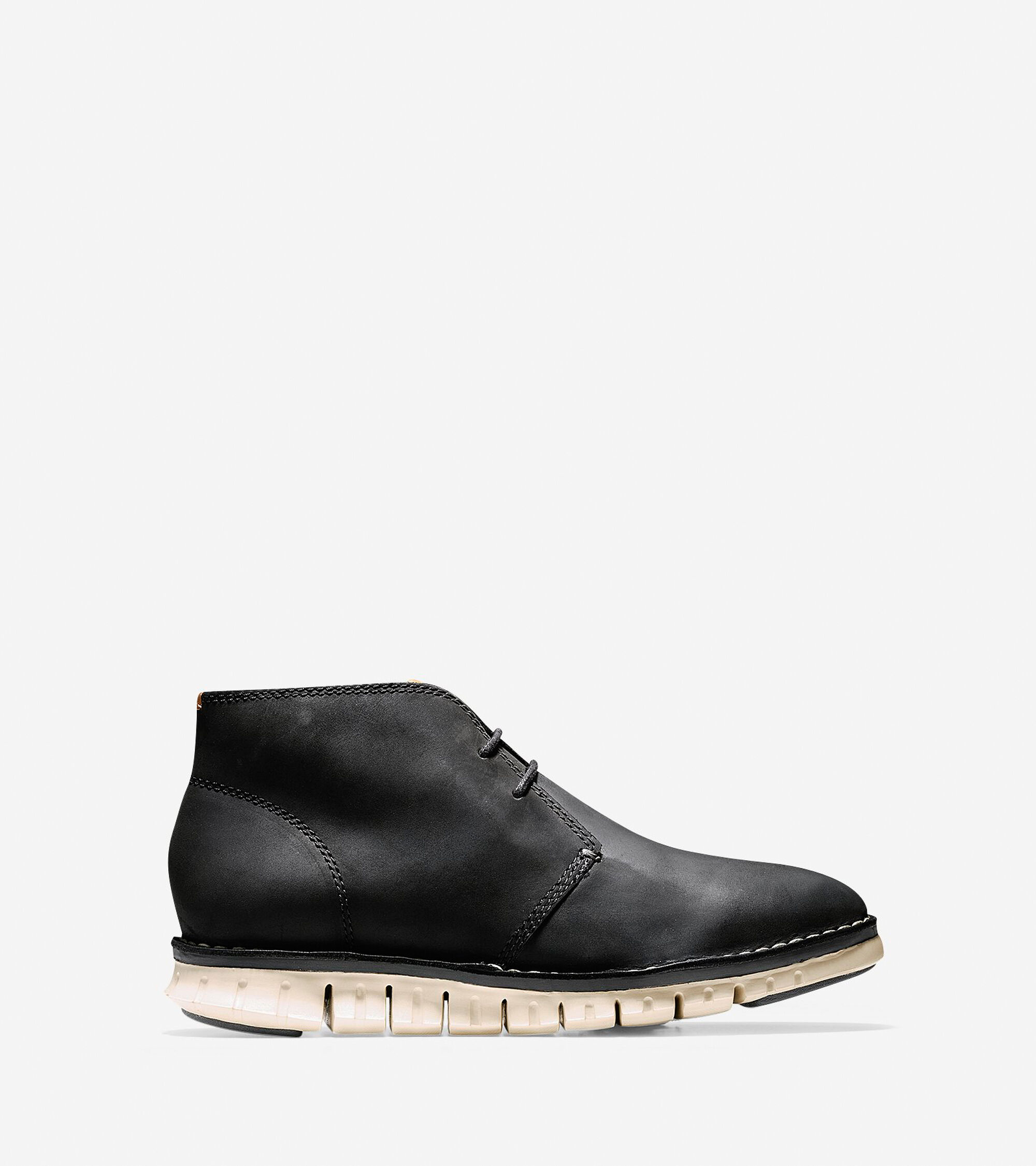 ZEROGRAND Stitch Out Chukkas In Black Waxy Cole Haan