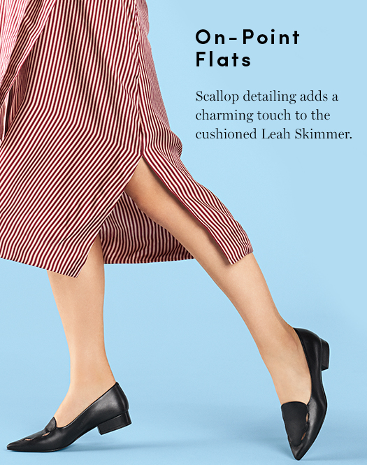 On-Point Flats Scallop detao;omg adds a charming touch to the cushioned Leah Skimmer.